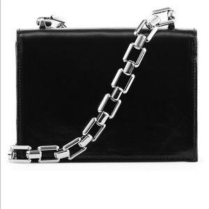 Naked advice chain bag